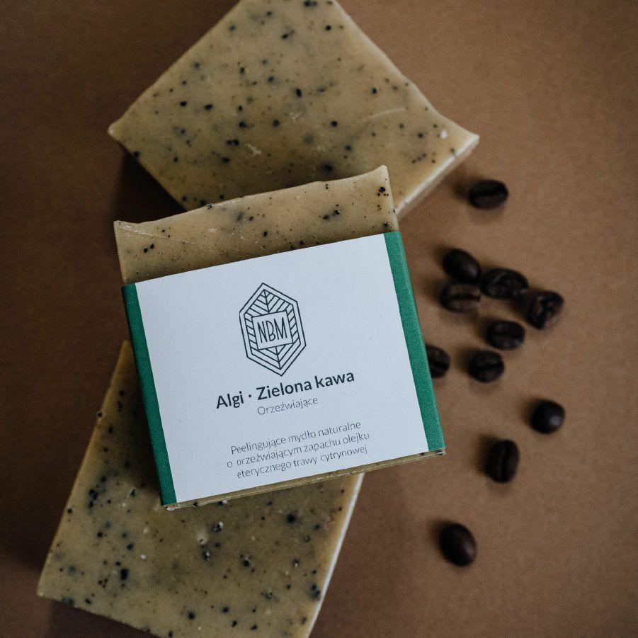 algi i zielona kawa